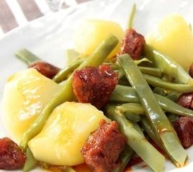 Cómo preparar judías con chorizo y huevos cocidos