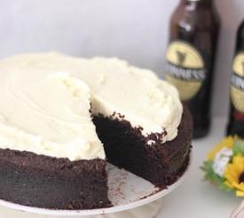 Receta fácil de tarta Guinness