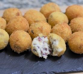 Croquetas de cecina con queso Maasdam
