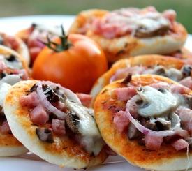 Receta de pizza de jamón york y champiñones