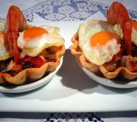 Tartaletas de huevos con chorizo